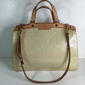 Louis Vuitton Brea Gm Blanc Corail Vernis bag